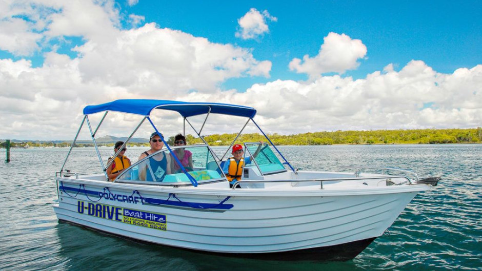 Boat hire Noosa