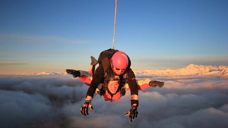 MOUNT COOK SKYDIVE - 13,000FT mountain views
