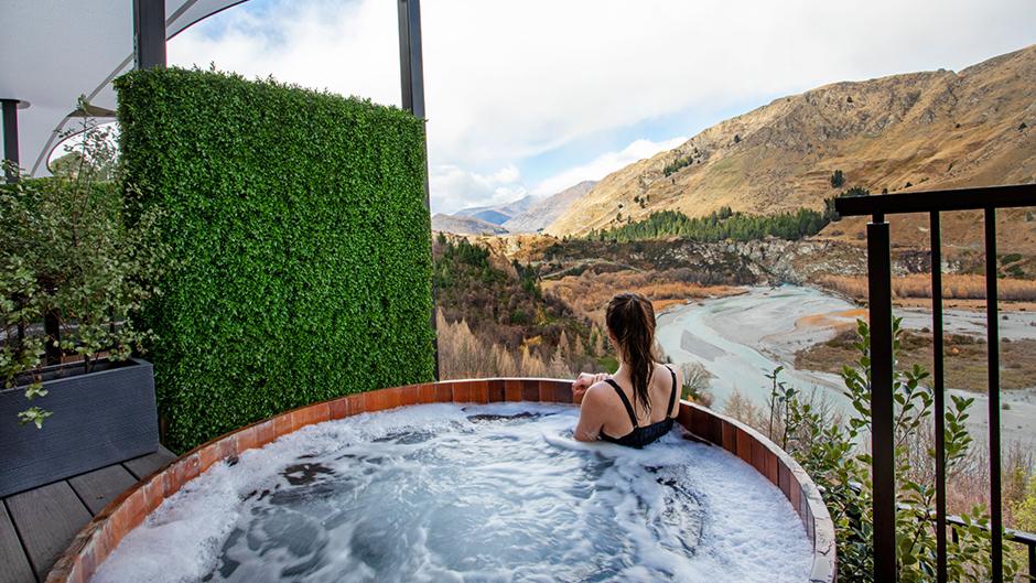 onsen outdoor hot pool queenstown