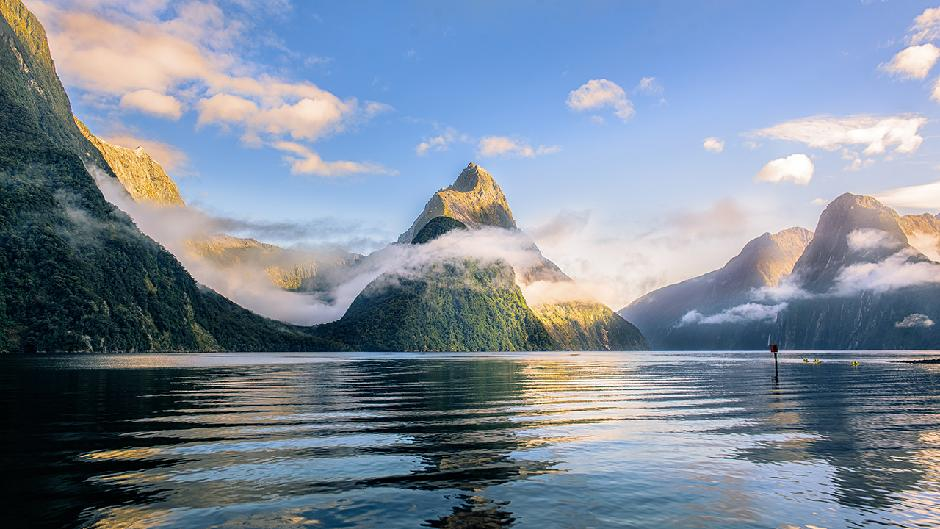 Premium Small Group tour including boutique Milford Sound cruise onboard the top cruise operator, Cruise Milford, and picnic lunch from Te Anau. There is no better way to see this famous attraction.