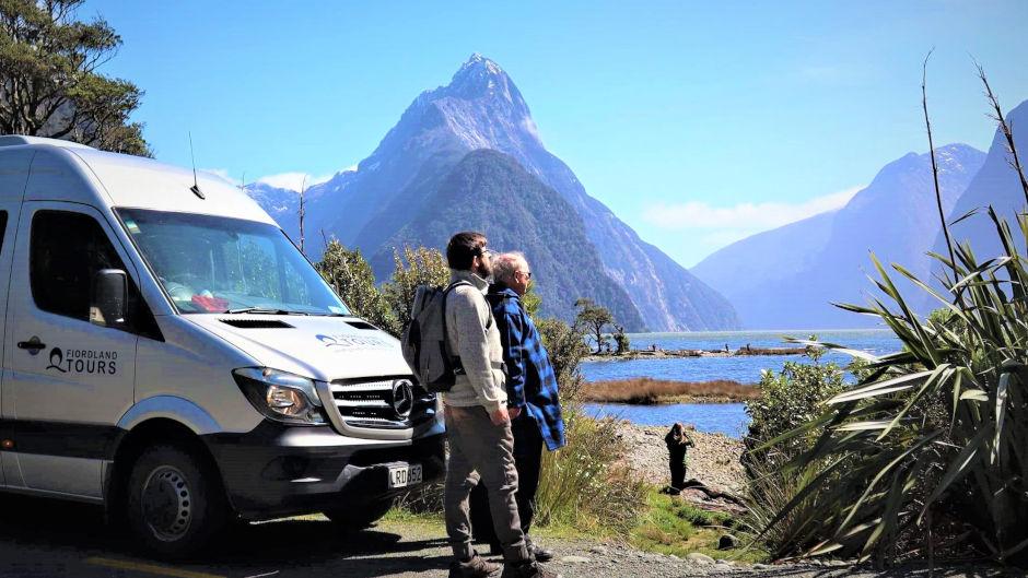 Bus - Milford Sound