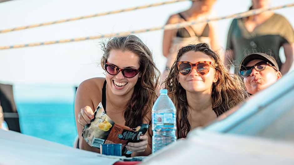 snorkel and day sail whitsundays