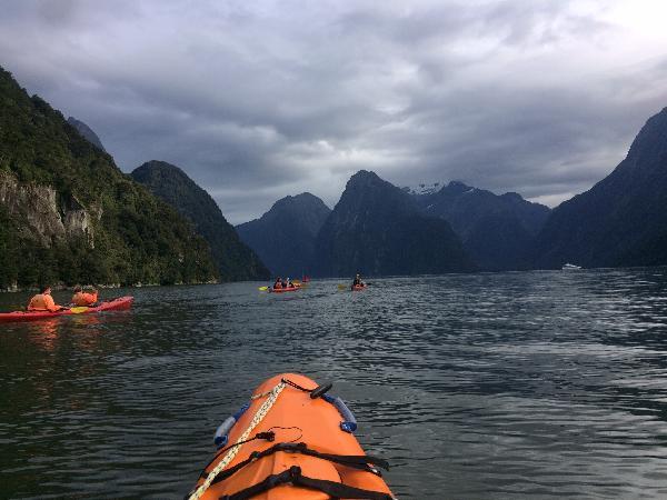 Excellent kayak guide