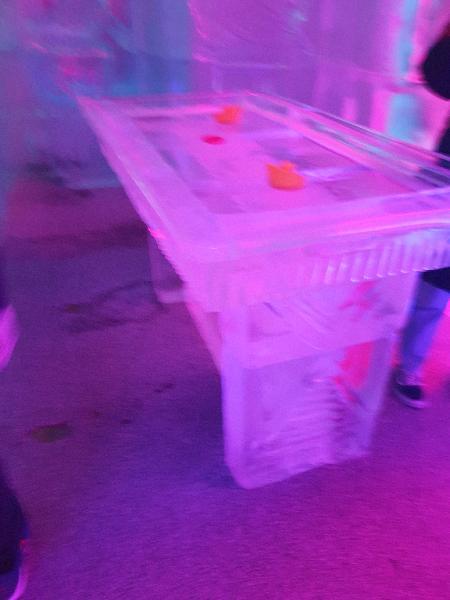 Cold bar