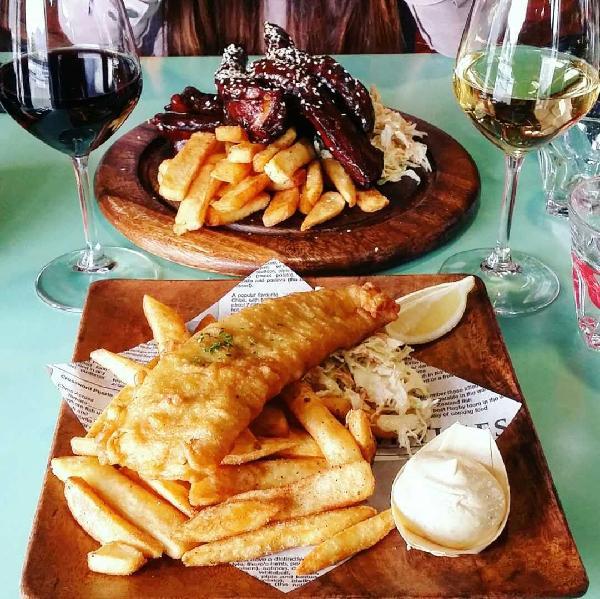 Ribs + Merlot & Fish n chip + Chardonnay