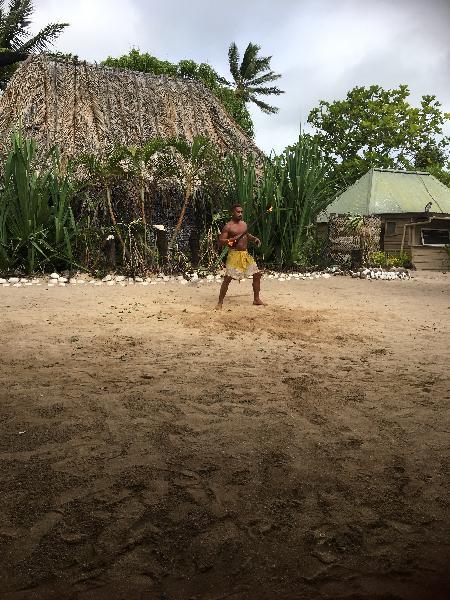 Love crusoe island