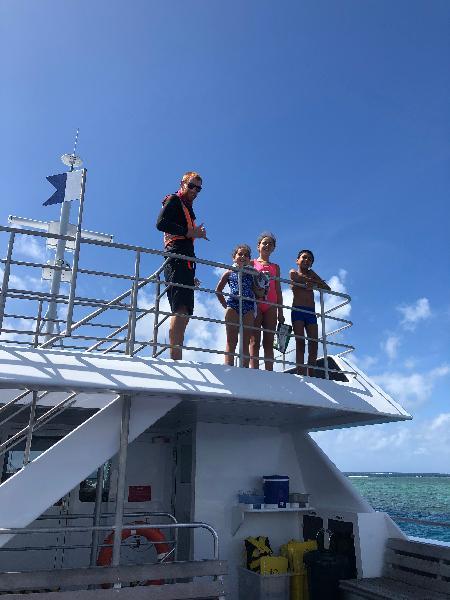 AquaQuest reef tour